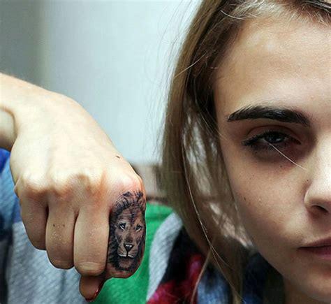 petit tatouage femme  homme idees discretes  pleines
