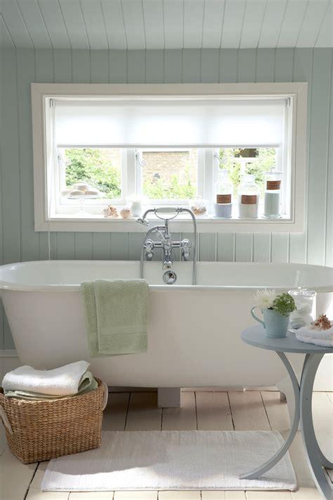 Bathtub Decorating Ideas - great bathroom decorating ideas housekeeping