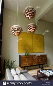 Louis Poulsen Artichoke : wohnzimmer mit sofa und louis poulsen artichoke lichter stockfoto bild 26969197 alamy ~ Eleganceandgraceweddings.com Haus und Dekorationen