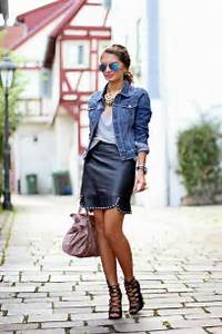how to wear denim jacket this