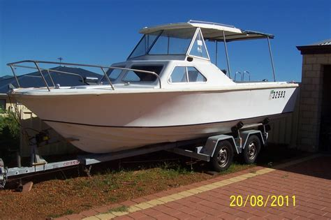 Boats For Sale Ebay by Boats Pics Cabin Cruiser For Sale Ebay J Boats For Sale