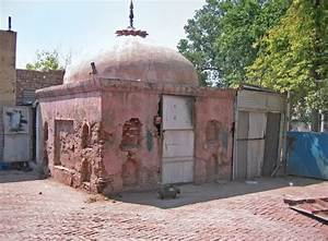 The sacred four: The decline of Hindu holy sites in Peshawar