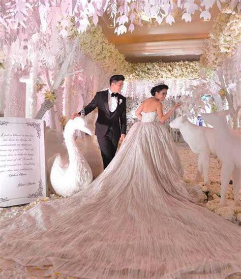 Wanita Dewasa Indonesia Termewah Ini 5 Pernikahan Artis Indonesia Ala Cinderella