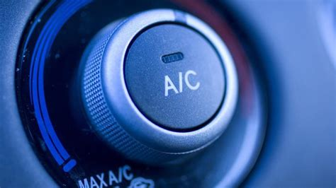 Does Using The Air Conditioner In The Car Burn More Gas