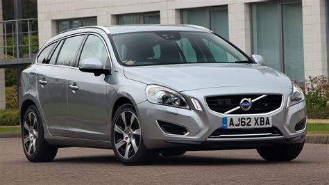 Volvo V60 Plug In Hybrid 2018 Uk Wallpapers And Hd