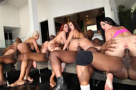 7171826124821778713000 In Gallery More Interracial