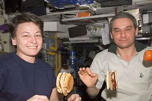 Dining In Space: How Astronauts Eat | A Moment of Science ...