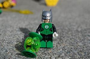 Awesome Toy Picks: LEGO Green Lantern Vs. Sinestro - Hal ...