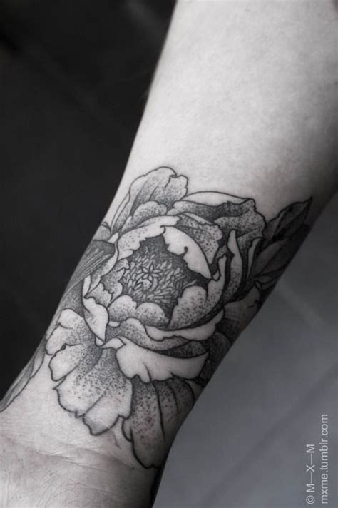 foto de mxm peony + butterfly wristband Tatouage poignet