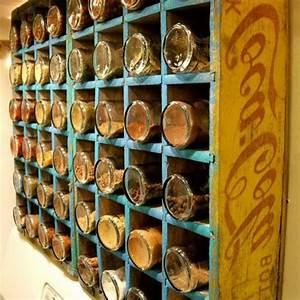 Aufbewahrung Gewürze Küche : alter coca cola kasten mit vielen abteilungen f r gew rze ~ Michelbontemps.com Haus und Dekorationen