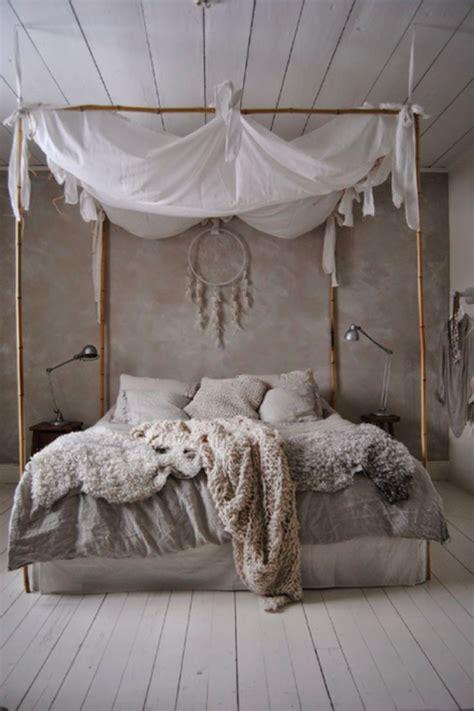 une ambiance cosy dans la maison voyez  magnifiques