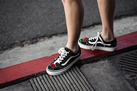diy dupe faux embroidered vans