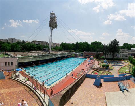 piscine porte de vincennes die sch 246 nsten freib 228 der und das schwimmbad auf der seine mal anders