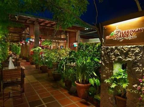 Restaurants In Batu Ferringhi Comedians In Cars Getting Coffee Barack Obama Round Marble Table Jim Carrey Will Ferrell Episode Fred Ground Tube Feeding Italian Metropolis
