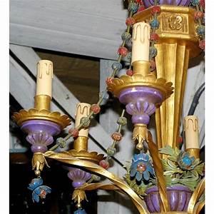 Lustre En Bois : lustre en bois dor polychrome et fer sur moinat sa antiquit s d coration ~ Teatrodelosmanantiales.com Idées de Décoration