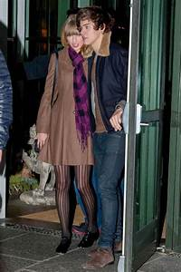 TAYLOR SWIFT and Harry Styles Leaving a Hotel in New York ...