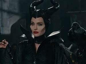 Doodlecraft: Maleficent Costume!