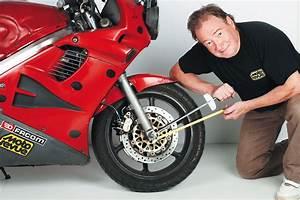 Clé Dynamométrique Moto : le bon serrage de la visserie sur une moto moto revue ~ Melissatoandfro.com Idées de Décoration