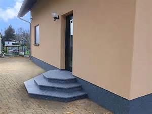 naturstein treppe treppe aussen haus eingang podest naturstein granit beton stufe tritt grünlich haus