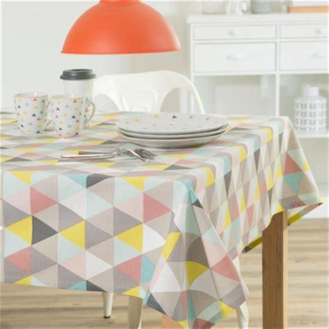 maison du monde nappe nappe serviette et d 233 coration de table maisons du monde