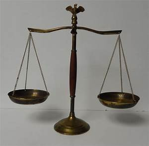 Vintage scales of Justice-Brass And Wood Scales -Balancing ...