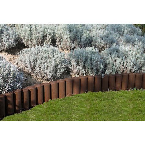 bordures de jardin en bois bordure de jardin imitation rondins de bois jardin et