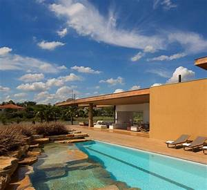This Spectacular House In Sao Paulo Allows The Family To Sunbathe Near The Pool In Complete