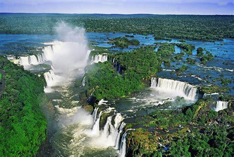iguacu falls brazil matuete