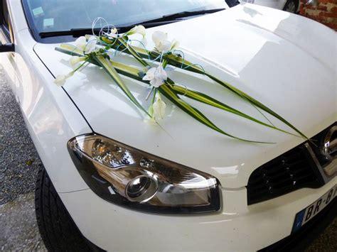 decoration de la voiture mariage fleurs voiture mariage