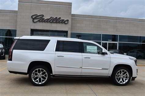 2019 Cadillac Esv by New 2019 Cadillac Escalade Esv Platinum Sport Utility In