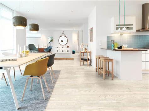 parquet flottant dans une cuisine parquet dans une cuisine ce type de parquet cuisine americaine semi ouverte cuisine parquet