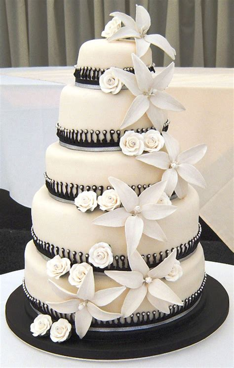 Black White Wedding Cake Designs Wedding Cake  Cake Ideas. Wedding Directory Dubai. Documentary Wedding Photographer Cambridge. Casual Wedding Wear Groom. Weddings At The Bellagio. Wedding In Jamaica Cost. Wedding Favors Winter. Wedding Venues On A Budget Devon. Make Your Own Rustic Wedding Invitations