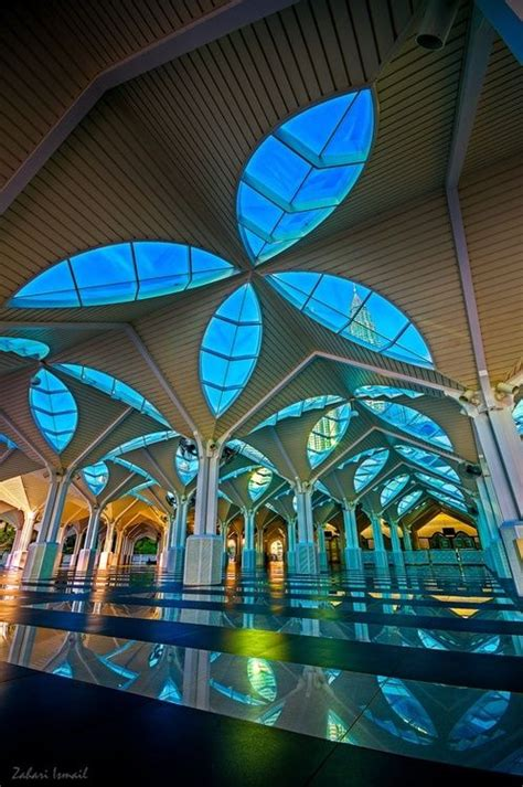 national mosque  malaysia  located  kuala lumpur