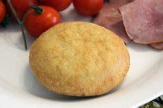 recette facile du bokit versez la farine dans une jatte bol puis formez y une fontaine
