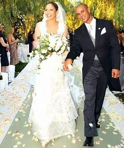 Jennifer lopez celebrity wedding dresses real simple for Jlo wedding dress