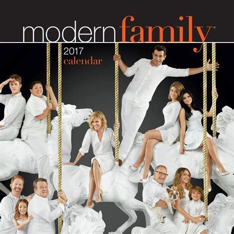 modern family modern family 2017 wall calendar 9781449477066 calendars