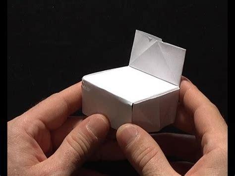 fabriquer une chaise origami pliage papier chaise