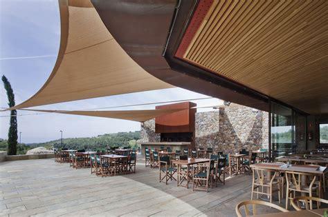 Golf Club House La Graiera / BC Estudio Architects   ArchDaily
