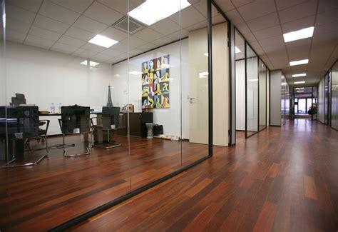 cloison aluminium bureau atypik installateur de cloison amovible et démontable aluminium pour bureau