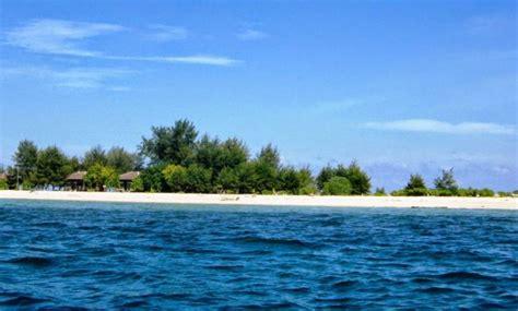 gambar pulau kapoposang makassar lokasi alamat