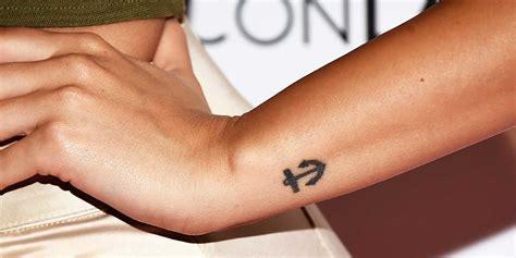 kleine freundschaft tattoos kleine tattoos 187 einmalige motive f 252 r sch 246 ne mini tattoos stylight
