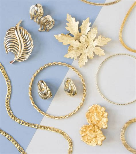 16 Different Types of Jewelry - What Are You Missing?