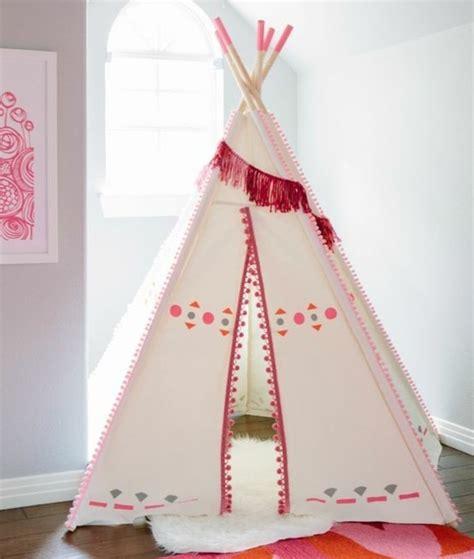 fabriquer un valet de chambre comment fabriquer un tipi 60 idées pour une tente