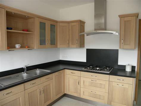 cuisine en chene rénovation cuisine chene cuisine idées de décoration