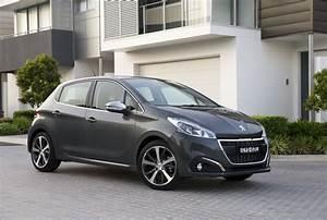 Peugeot 208 Allure Reviews