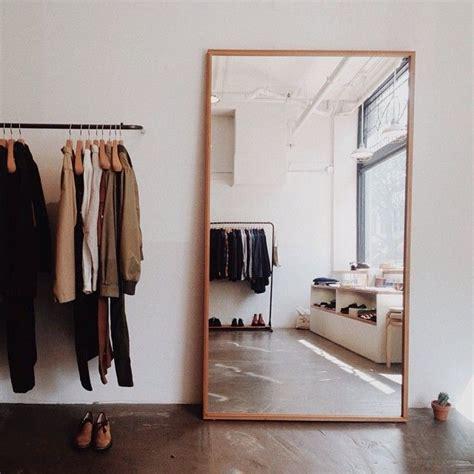 grand miroir chambre chambre penderie grand miroir posé interior