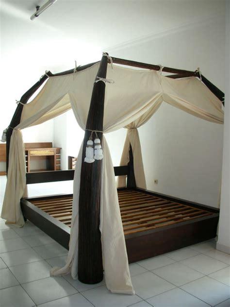 chambre wenge lit baldaquin bois wenge sarang buaya dimensions au choix