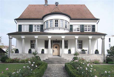 siege social casa le styliste philipp plein met sa villa en vente chez engel