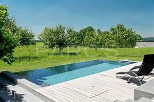 Swimmingpool Im Garten : entspannung am infinity pool parc 39 s ~ Sanjose-hotels-ca.com Haus und Dekorationen