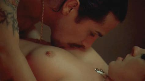 Naked Anne Hathaway In Havoc